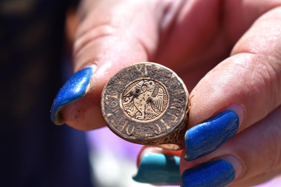 発見されたゲオルギオス・パレオロゴスの指輪